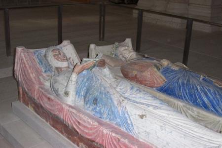 Abbaye royale de Fontevraud, Richard Cœur-de-Lion et sa belle-sœur Isabelle d'Angoulême.