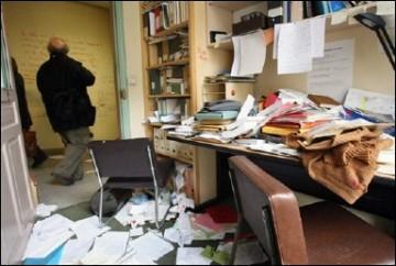 Les locaux de l'EHESS saccagés le 24 mars, photographie de Thomas Coex, AFP